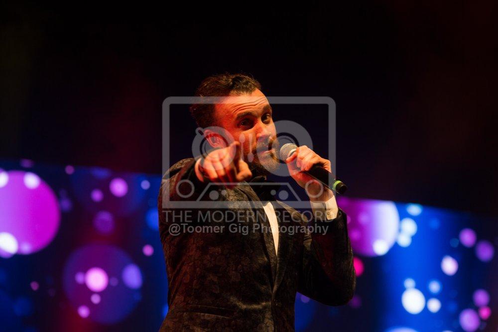 The Overtones - York Barbican - 14.12.18-11.jpg