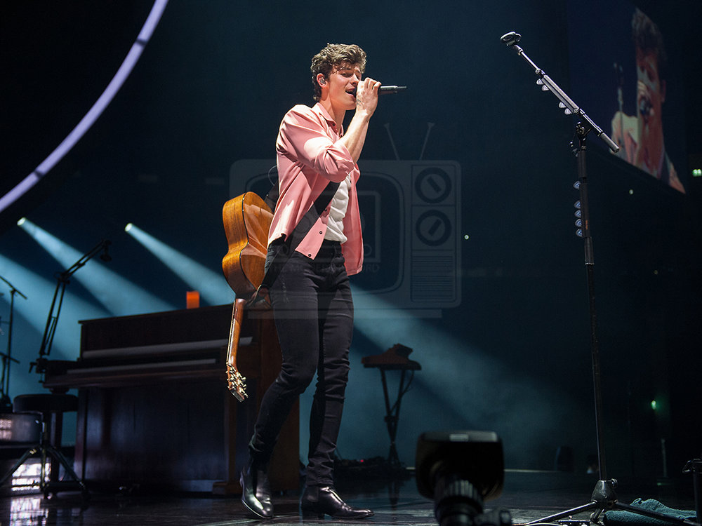 Shawn Mendes@ The SSE Hydro, Glasgow 06-04-201912.jpg