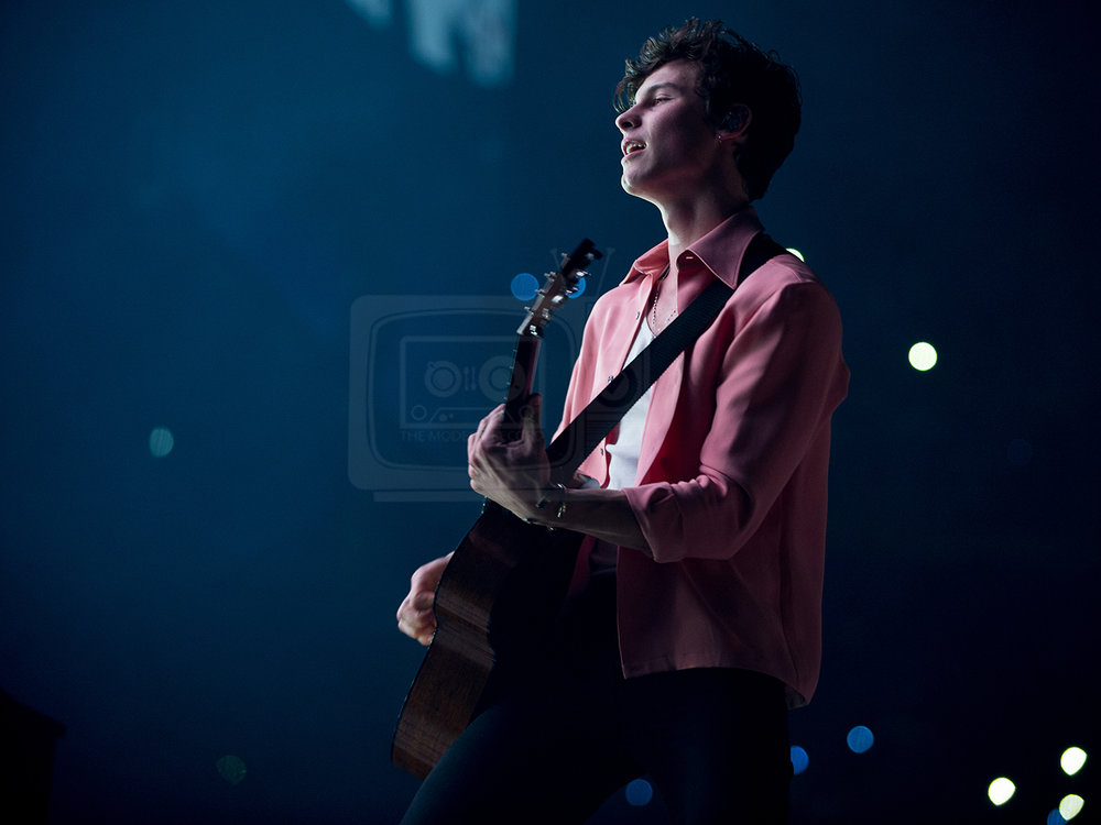 Shawn Mendes@ The SSE Hydro, Glasgow 06-04-201911.jpg