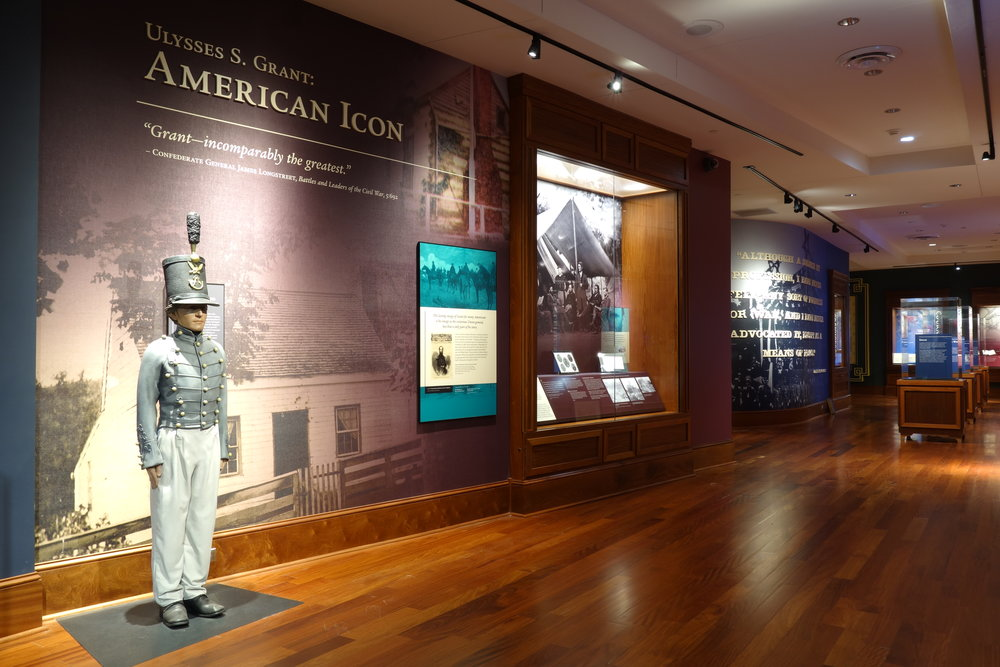 Visitors are immersed into the story of Ulysses S. Grant through the use of life-size models and AV displays.