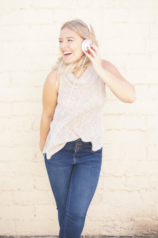 Kayli Schattner - Content Strategist & #OwningIt Podcast
