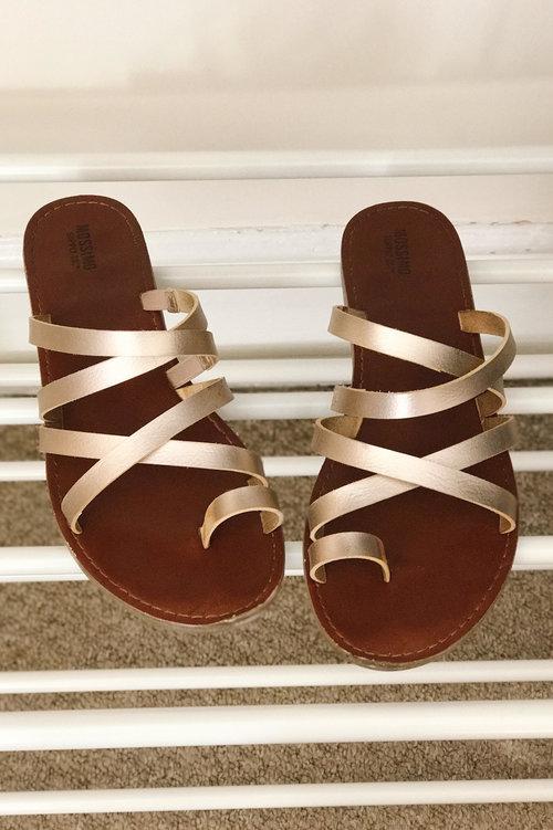 summer-10x10-remix-target-sandals