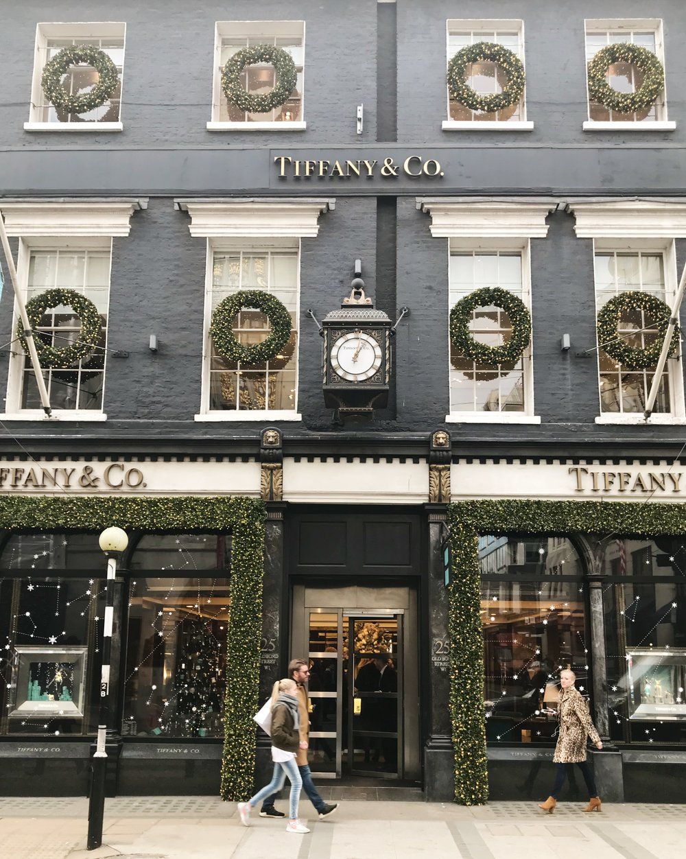 christmastime-in-london-tiffanys
