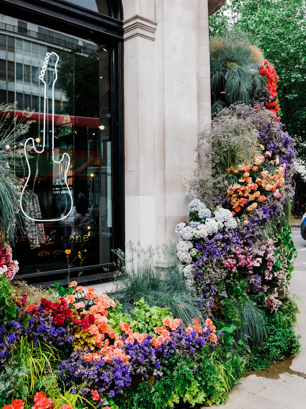 London in Bloom - Why you should visit London in the spring