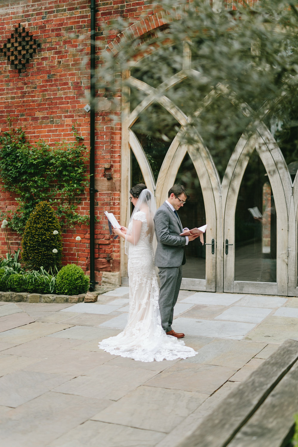 How to Create a Memorable First Look