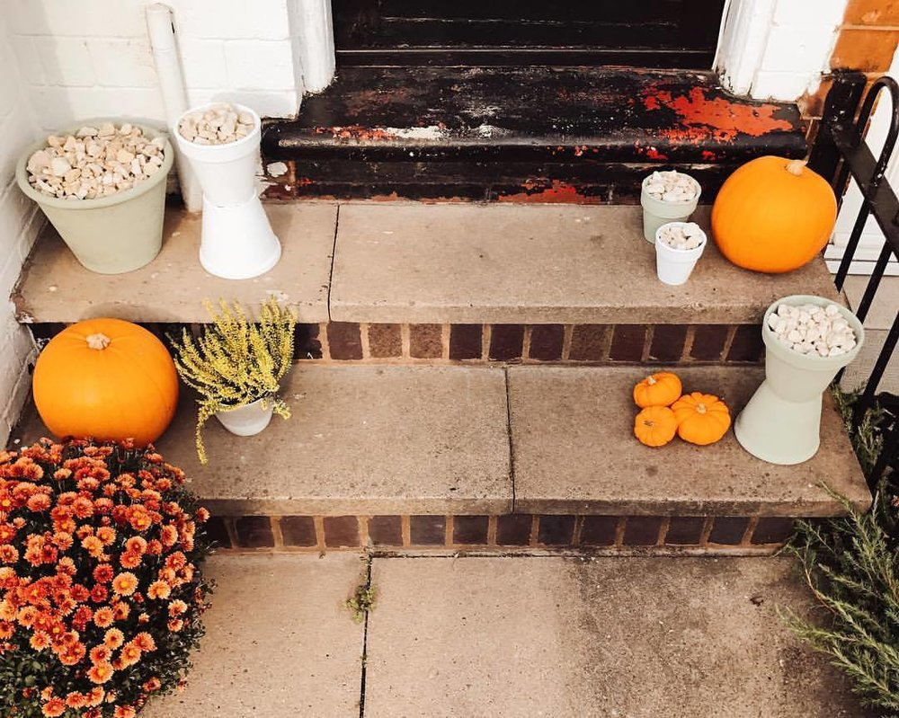 2018 Autumn Bucket List - Autumn Doorstep Pumpkins