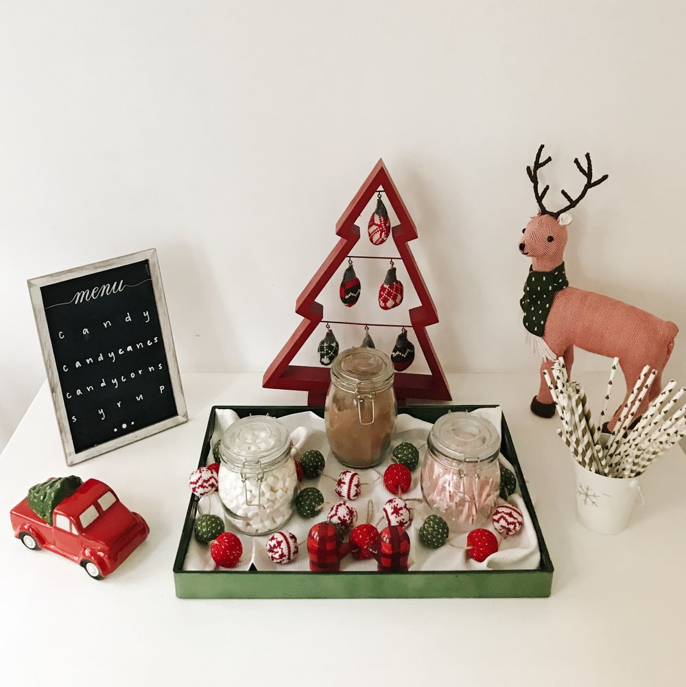 Christmas Bucket List - DIY Hot Cocoa Bar