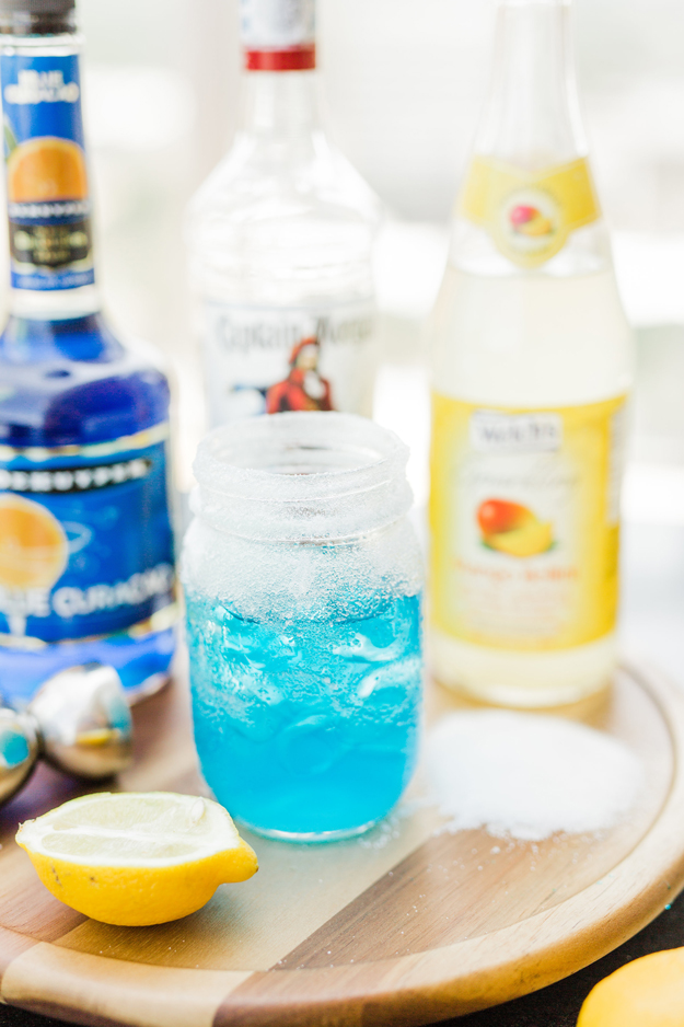 THE WHITE WALKER - Of course you can't forget the ultimate villains of the show, the White Walkers. Instead of sacrificing baby boys, simply whip up a batch of these rum-based cocktails with blue curaçao to match their piercing blue eyes.