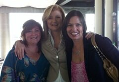 <sup>Arianna Huffington and friends</sup>
