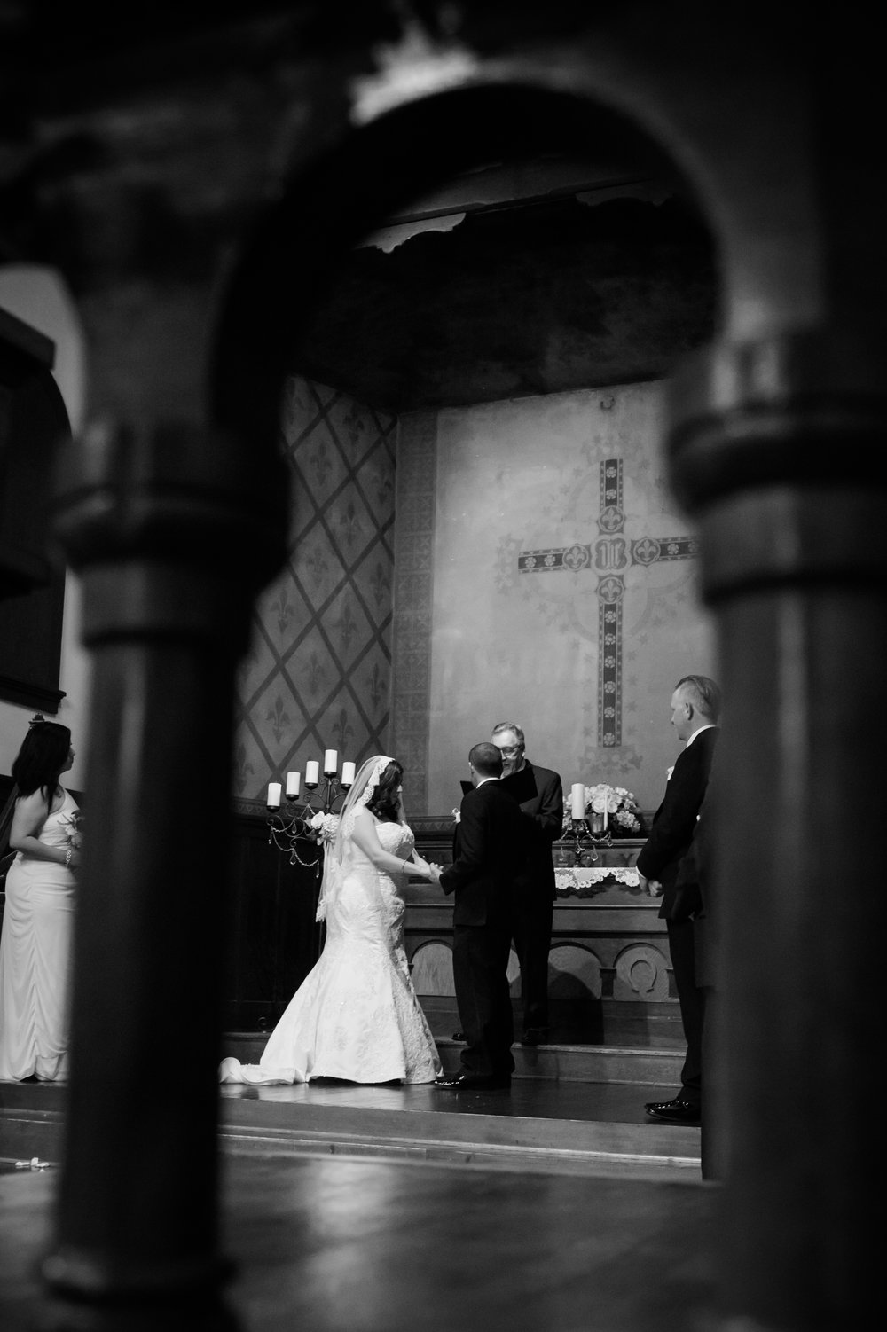 02Fleur de Lis Chapel Wedding Pictures.jpg