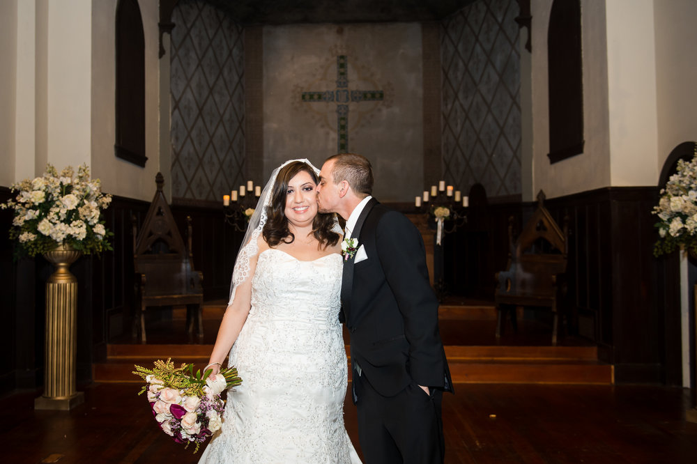 11Fleur de Lis Chapel Wedding Pictures.jpg