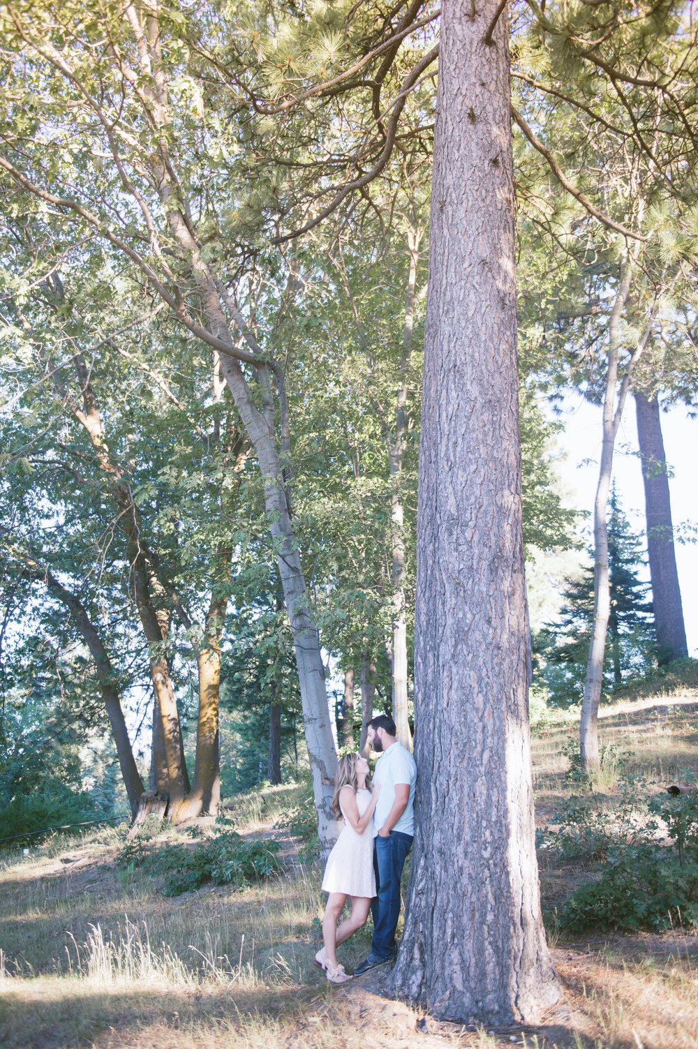10Lake Arrowhead Engagement Pictures.jpg