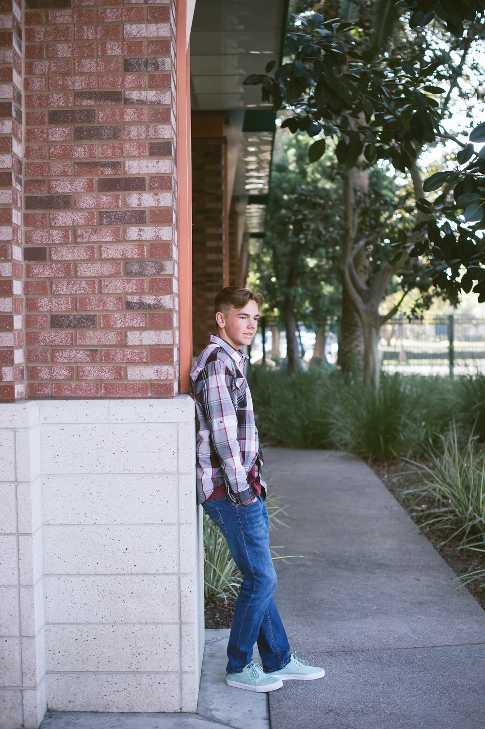 02Downtown Disney Senior Pictures.jpg