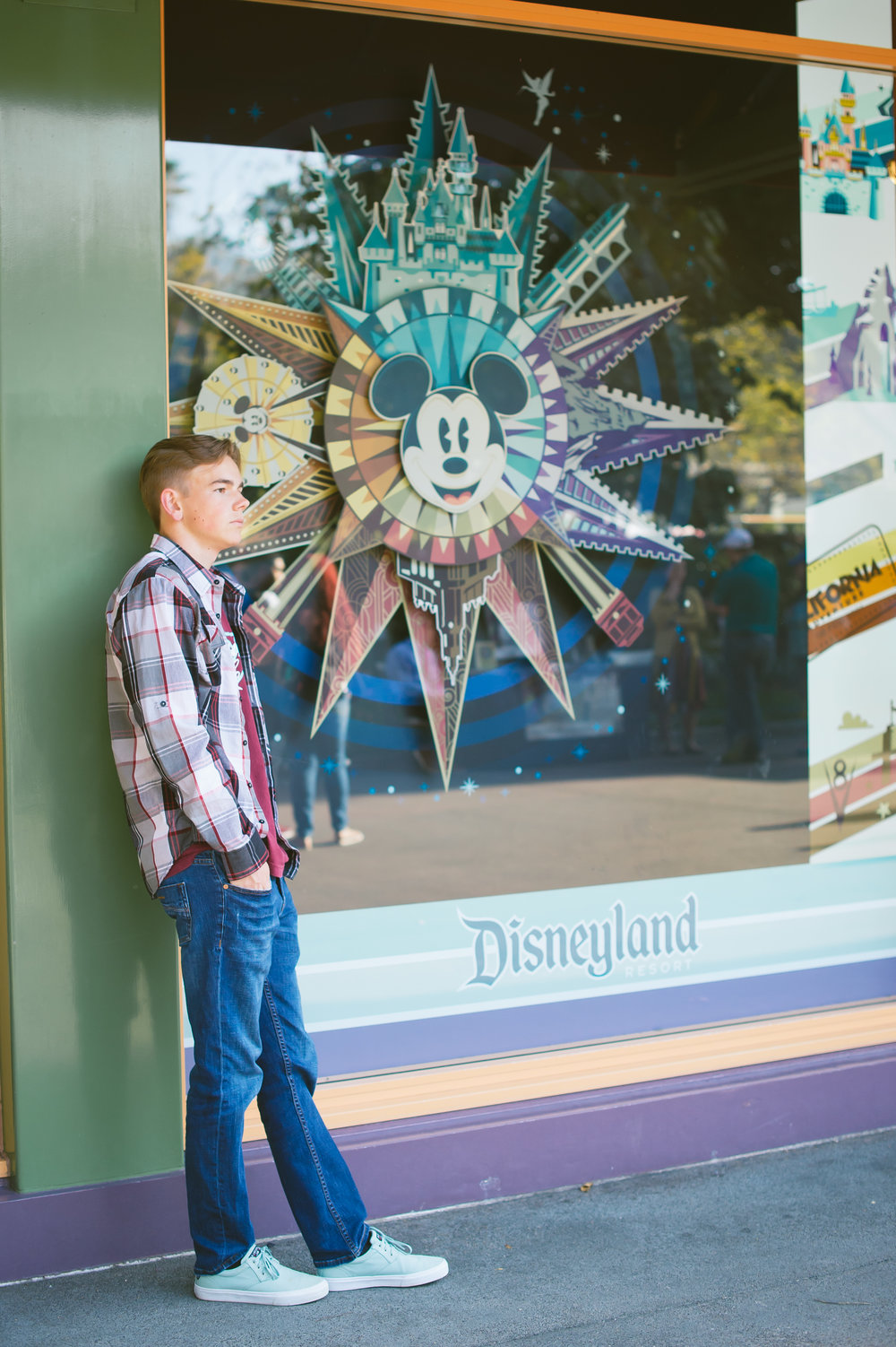 09Downtown Disney Senior Pictures.jpg