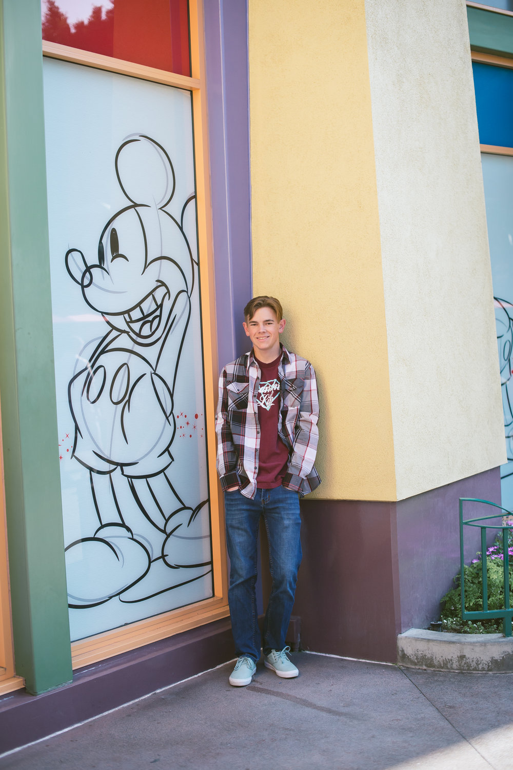 10Downtown Disney Senior Pictures.jpg