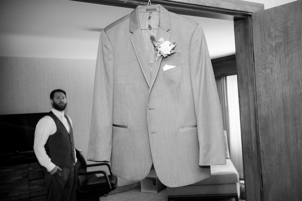 10Lake Arrowhead Resort Wedding Pictures.jpg