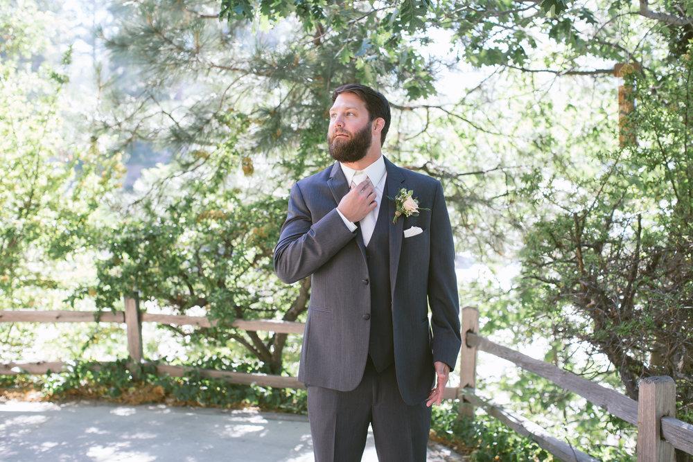 16Lake Arrowhead Resort Wedding Pictures.jpg