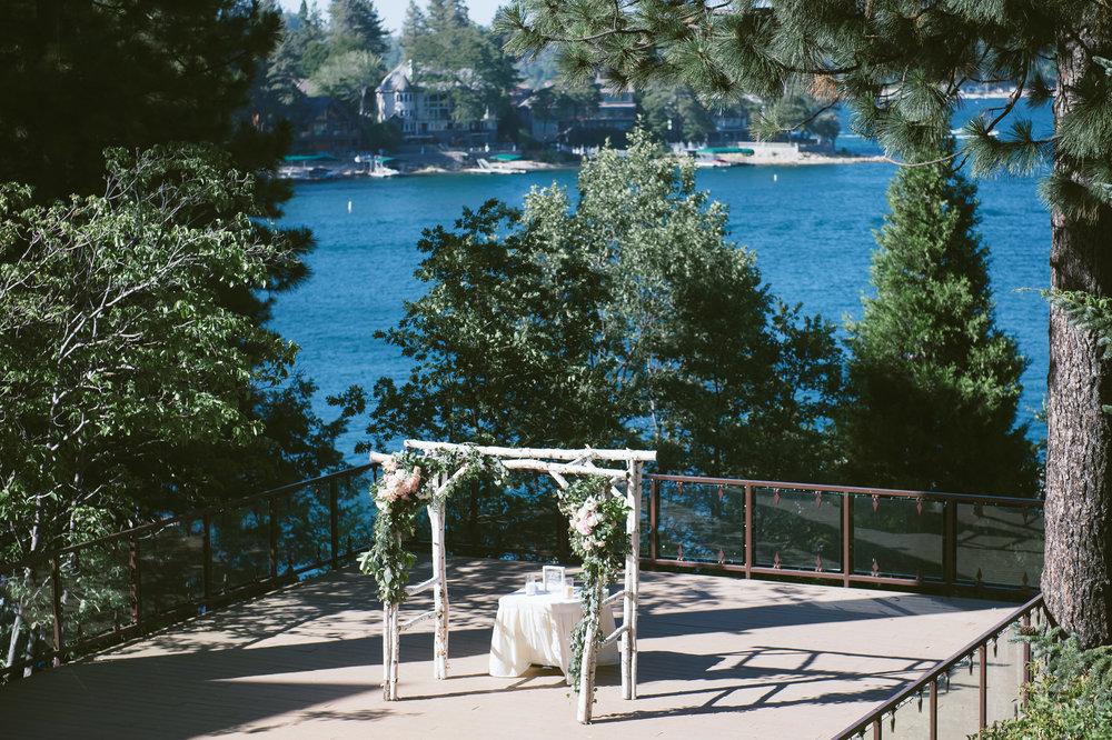 17Lake Arrowhead Resort Wedding Pictures.jpg