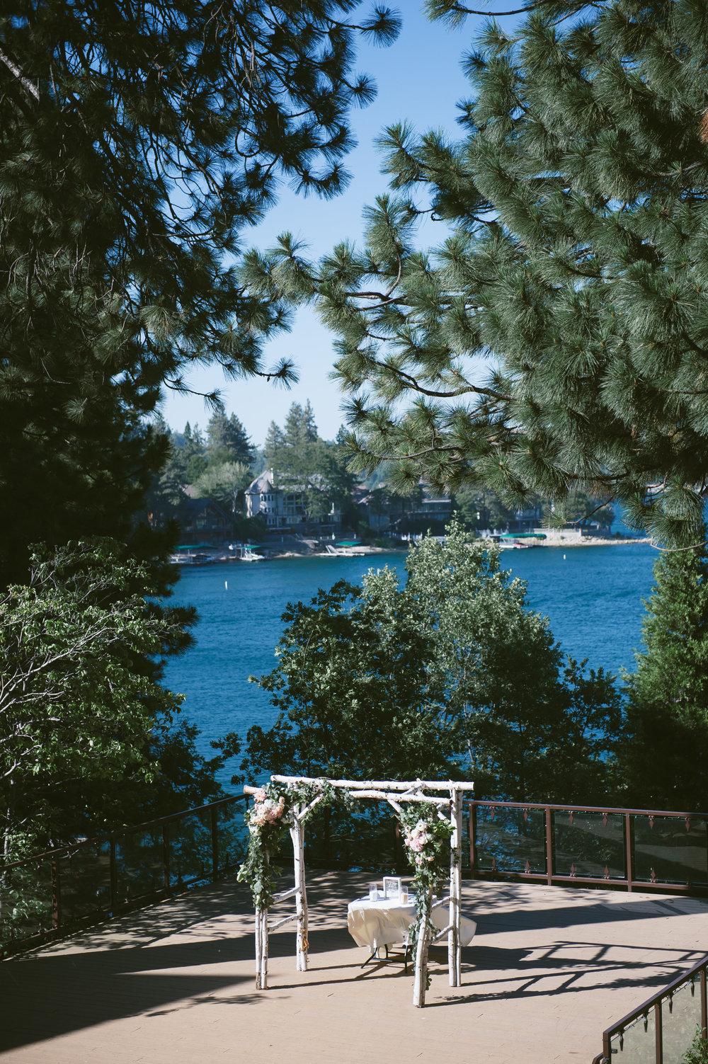 18Lake Arrowhead Resort Wedding Pictures.jpg