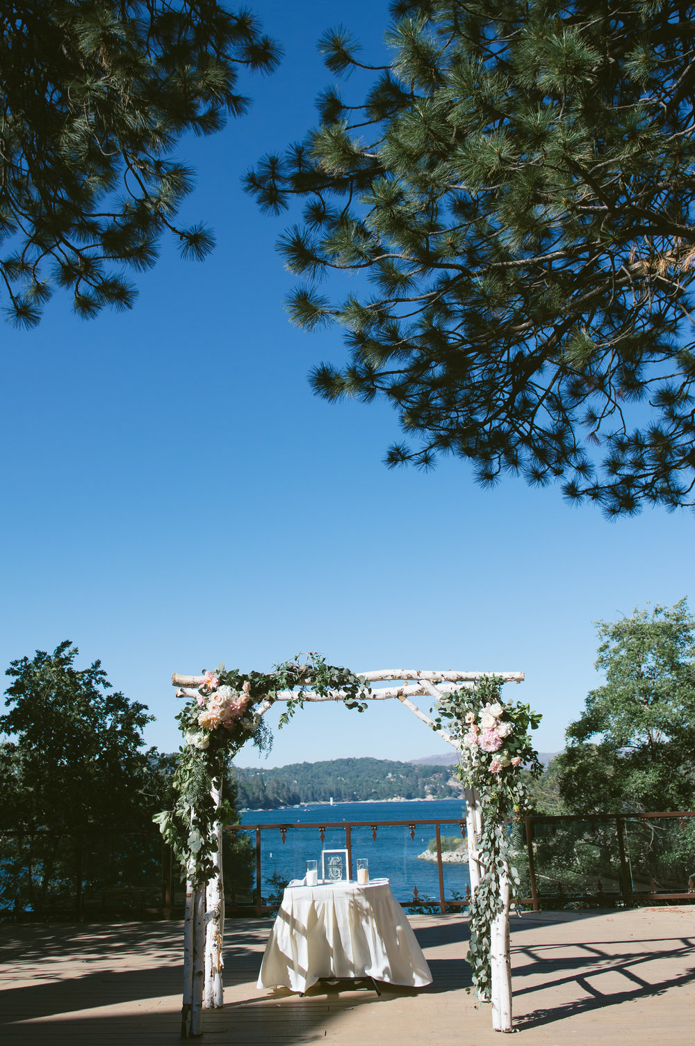 19Lake Arrowhead Resort Wedding Pictures.jpg
