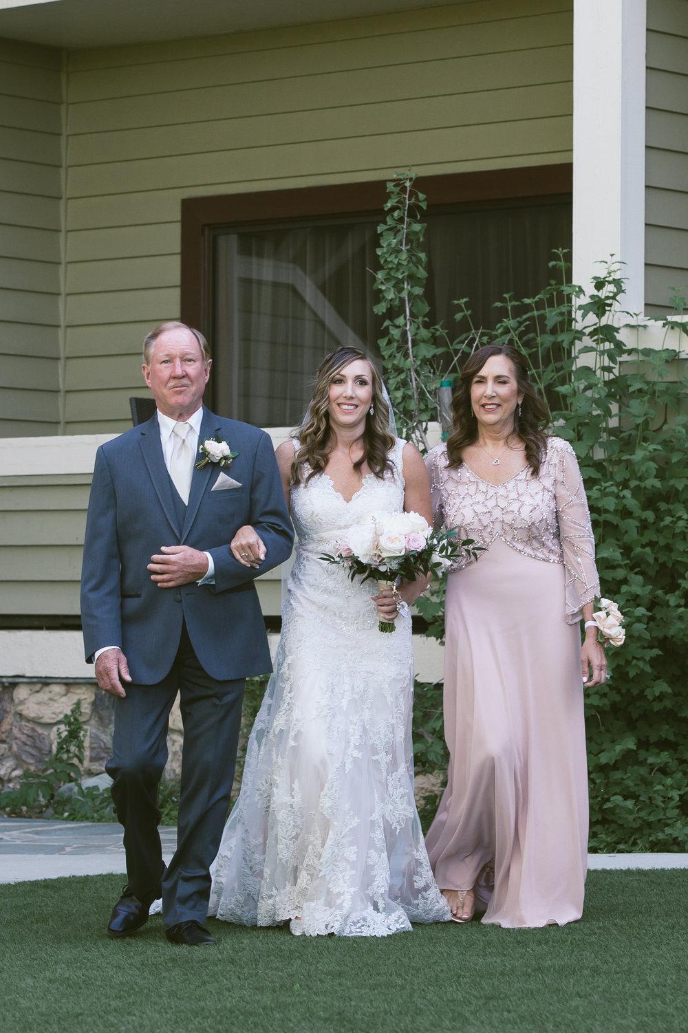 21Lake Arrowhead Resort Wedding Pictures.jpg