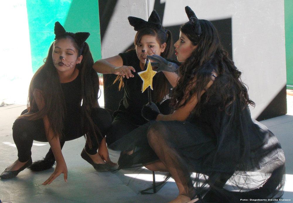 DramastudentsCACH.jpg