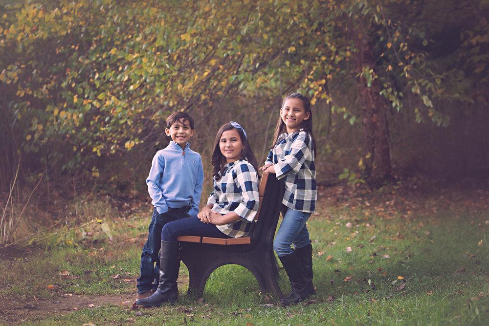 Riley-family_holmdelpark.jpg