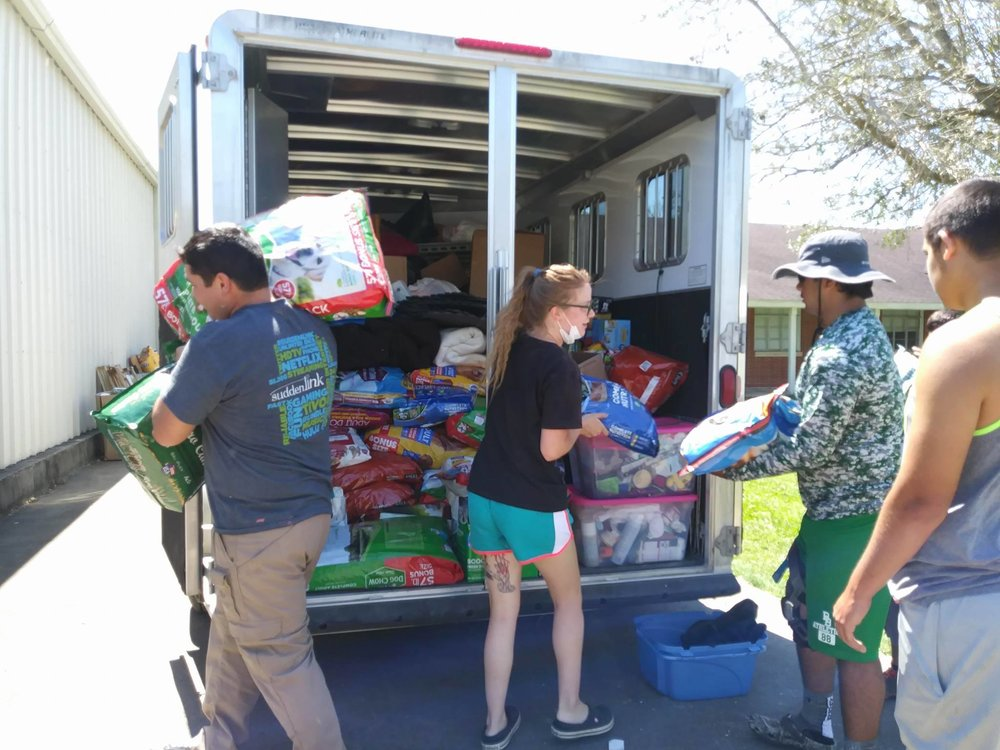 Unloading one of 4 large supply vehciles sent to Texas by No Kill Colorado.  Over 20,000 lbs of supplies were donated by Coloradans and hauled by our volunteers.