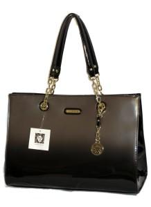 handbag-883113-218x300.jpg