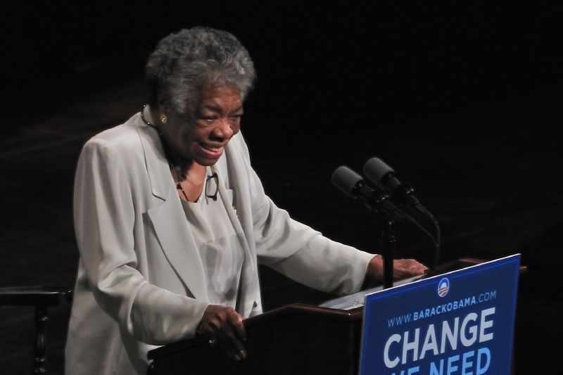 Maya Angelou speaking at a rally for Barack Obama, 2008  By Talbot Troy - originally posted to Flickr as Maya Angelou, CC BY 2.0, https://commons.wikimedia.org/w/index.php?curid=11246145