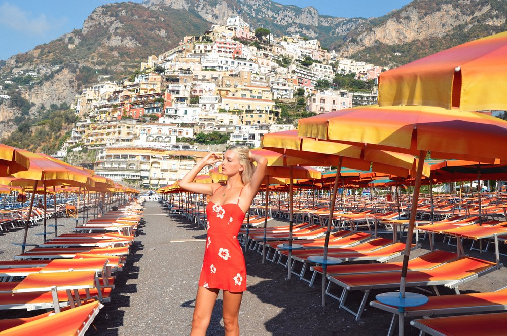 SPIAGGIA GRANDE POSITANO WEARING  REFORMATION DRESS