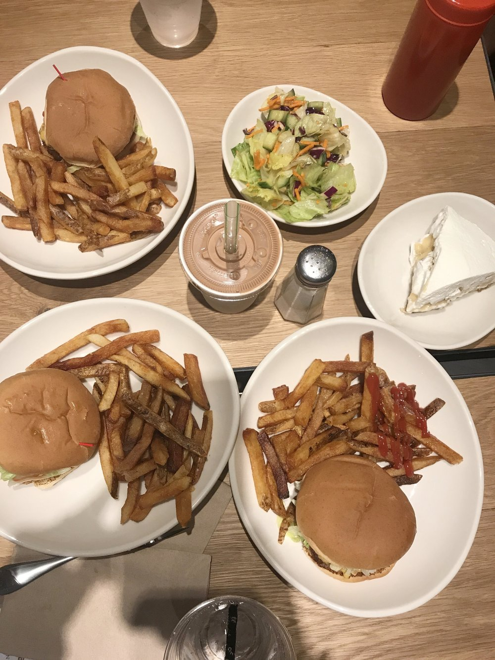 Hiho Burger.jpg