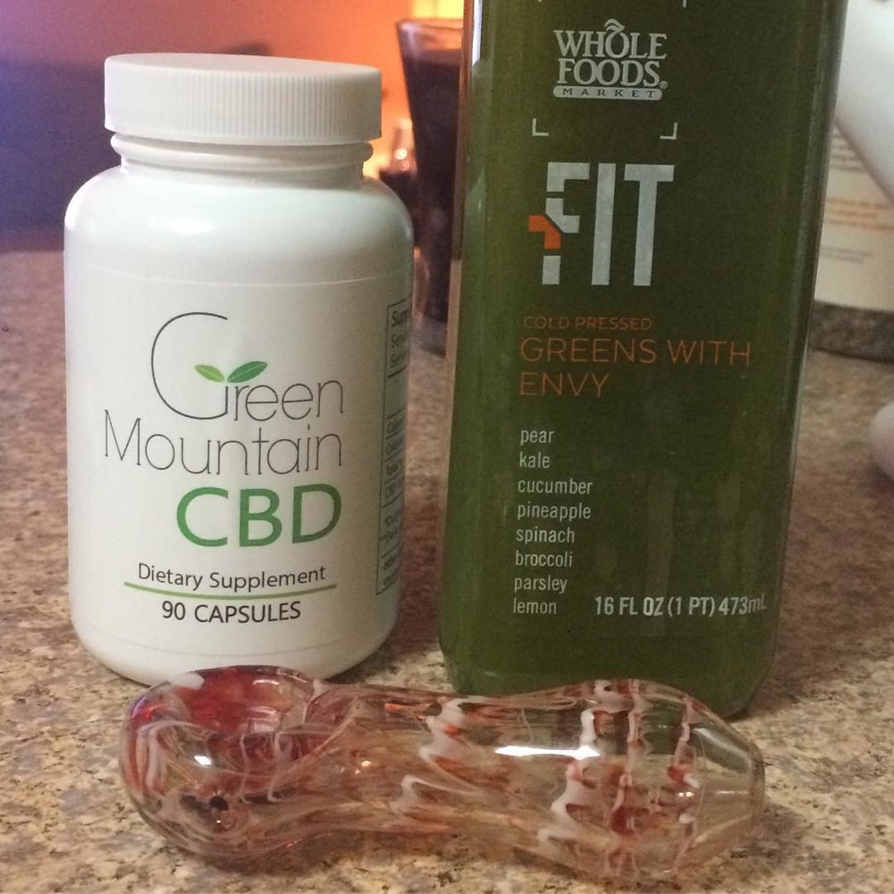 Preworkout: Green Mountain CBD Capsule, Whole Foods FIT cold pressed juice and non-psychoactive CBD Charlotte's Web. Perfect for some SMFR (Self Myofacial Release) and IT band-induced crying, probably.