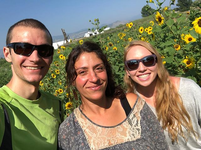 We had an incredible morning yesterday meeting with Vegan Chef @shadi_ramey on her beautiful hemp farm! . . . We had an awesome conversation over some delicious homemade banana hemp milk and a hemp extract! . . . We first connected with Shadi as a fellow speaker on the Hemp Panel for the @terpenesandtestingmagazine World Conference in San Jose, CA earlier this year. Shadi is a a vegan chef, culinary anthropologist, and the owner of @satya_kama, a hemp infused body cream. . . . She is an amazing person with many talents and we look forward to teaming up soon to help spread the truth about hemp so show her some community love with those follows!! . . . . . . . . #hemp #cannabis #cannabisculture #cannabiscommunity #chef #farm #farmer #farming #farmtotable #farmfresh #farmlife #vegan #veganchef #veganfood #healthy #healthylifestyle #sunflower #networking #friends #inspiration  #sunshine #goodvibesonly #goodvibes #farmgirl #strongwomen #womenshealth #women #strongwoman