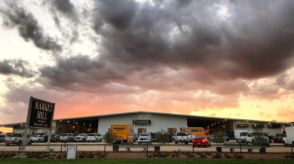 Market_hill_ex_sunset.jpg