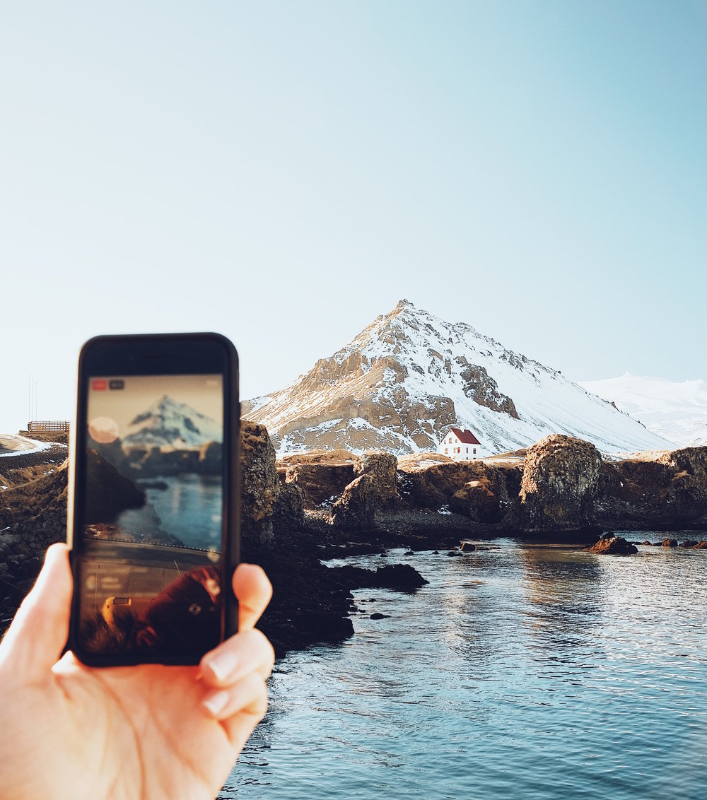 MOBILE MASTERPIECES - How I Edit My Photos On The go