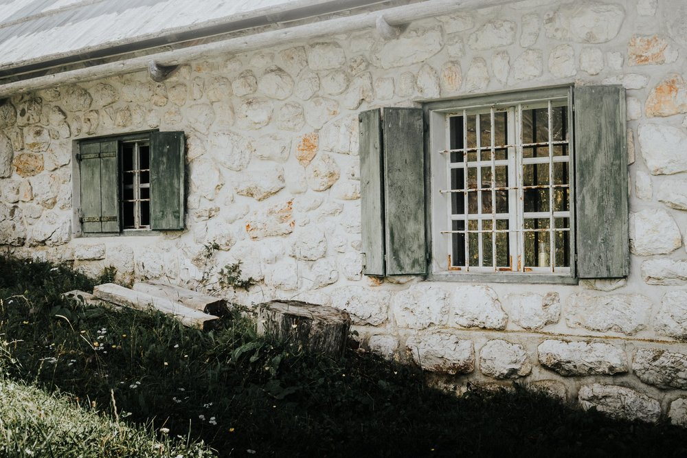Stonewalled Rustic Charm
