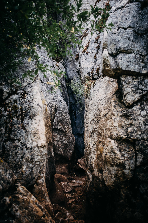Tight Cracks in the Limestone