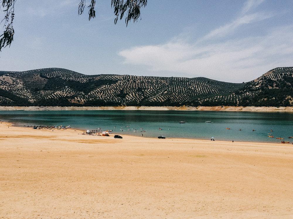 Valdearenas Beach, Iznajar