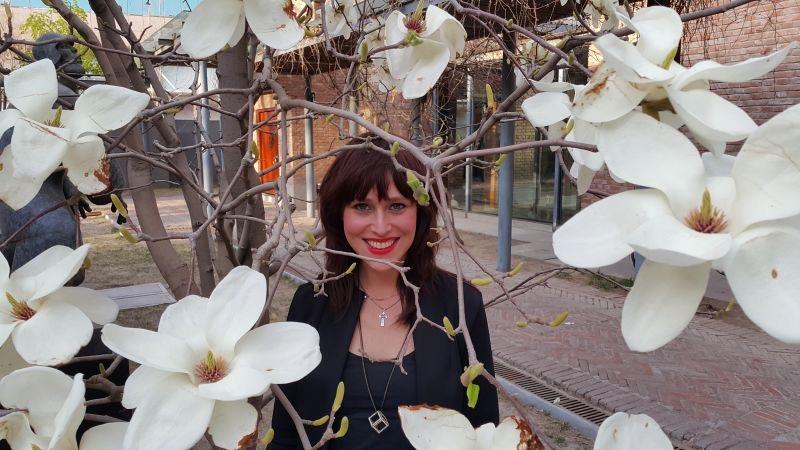 Manya bloemen.jpg