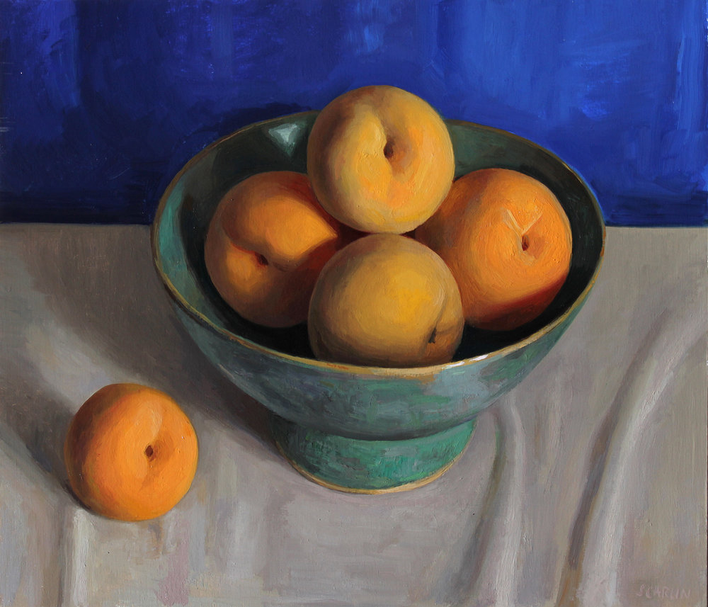 Cling peaches in a green bowl  Oil on panel 30x35cm  2018  Private collection