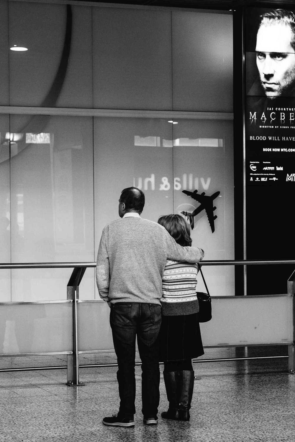 Melbourne airport love-4-2.jpg