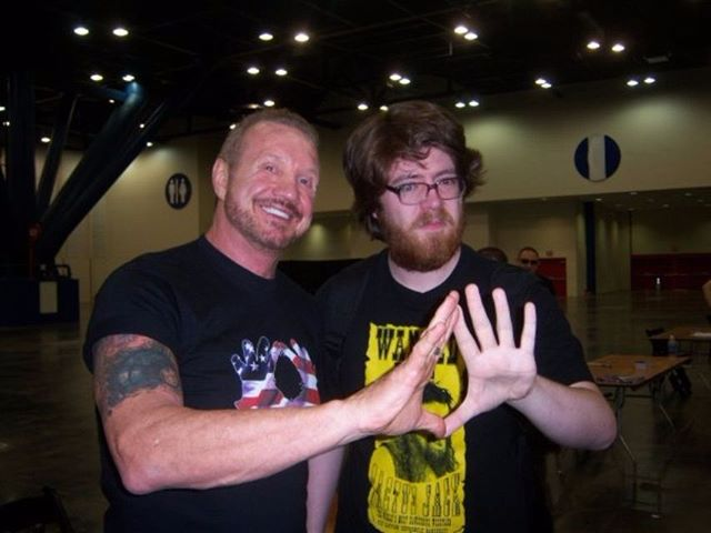 Kefin and DDP *engaging*  You shouldn't even be able to close those hands! OWNIN' DIS. TIGHT! THIS GUYS LIKE DA MAN A STEEL.