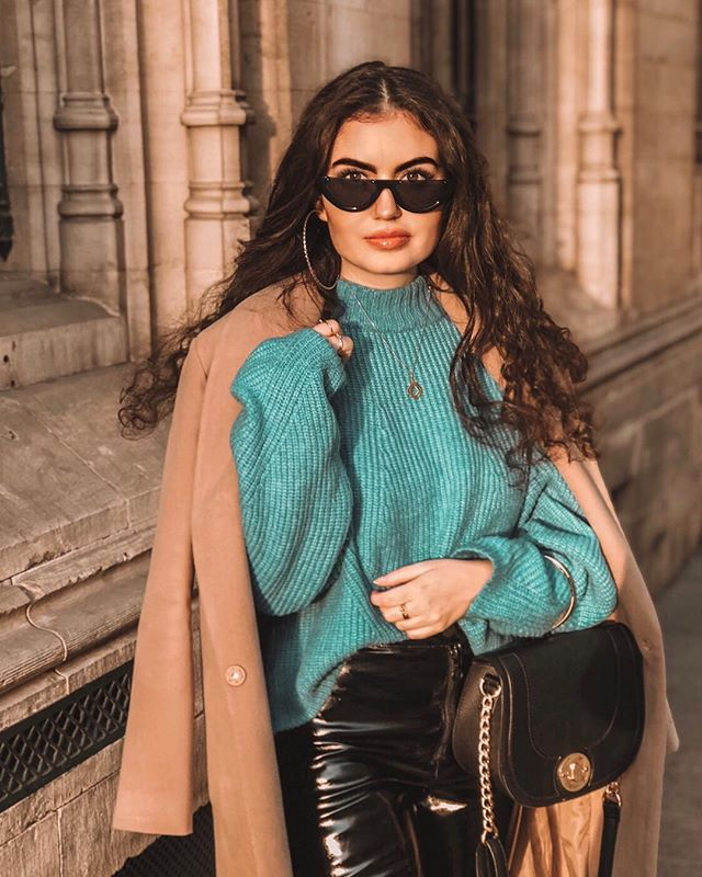 // Yesterday's beautiful fall day ✨ ⠀⠀⠀⠀⠀⠀⠀⠀⠀⠀⠀⠀ ⠀⠀⠀⠀⠀⠀⠀⠀⠀⠀⠀⠀ ⠀⠀⠀⠀⠀⠀⠀⠀⠀⠀⠀⠀ ⠀⠀⠀⠀⠀⠀⠀⠀⠀⠀⠀⠀ ⠀⠀⠀⠀⠀⠀⠀⠀⠀⠀⠀⠀ ⠀⠀⠀⠀⠀⠀⠀⠀⠀⠀⠀⠀ #outfitoftheday #lookoftheday #travelblogger #moroccan #fashionblogger #brussel #hmxme #instafashion #ootd #styleblogger #belgium #travel #fashiongram #marocaine #stylegram #whatiwore #look #belgianblogger #outfit #instatravel #fashion #fall #style #brussels #dailylook #streetstylefashion #dutchblogger #marrakech
