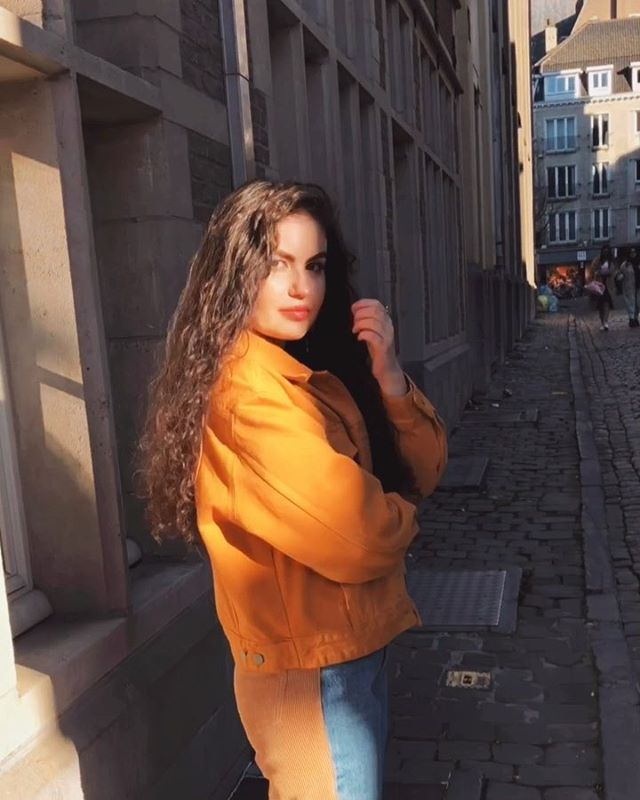 // In motion 💫 more videos like this? ⠀⠀⠀⠀⠀⠀⠀⠀⠀⠀⠀⠀ ⠀⠀⠀⠀⠀⠀⠀⠀⠀⠀⠀⠀ ⠀⠀⠀⠀⠀⠀⠀⠀⠀⠀⠀⠀ ⠀⠀⠀⠀⠀⠀⠀⠀⠀⠀⠀⠀ ⠀⠀⠀⠀⠀⠀⠀⠀⠀⠀⠀⠀ #outfitoftheday #lookoftheday #travelblogger #moroccan #fashionblogger #bershkastyle #streetstyle #instafashion #ootd #styleblogger #video #moroccangirl #fashiongram #marocaine #stylegram #whatiwore #look #belgianblogger #outfit #moroccanblogger #fashion #look #style #ghent #dailylook #streetstylefashion #dutchblogger #marrakech