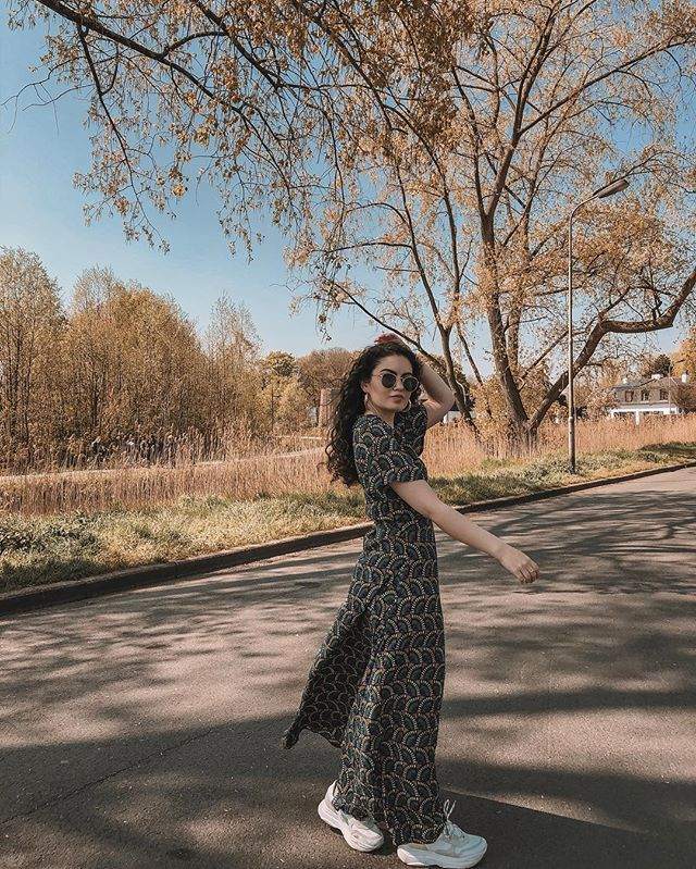 // Beautiful sunny days ☀️ dress @gutsgusto ⠀⠀⠀⠀⠀⠀⠀⠀⠀⠀⠀⠀ ⠀⠀⠀⠀⠀⠀⠀⠀⠀⠀⠀⠀ ⠀⠀⠀⠀⠀⠀⠀⠀⠀⠀⠀⠀ ⠀⠀⠀⠀⠀⠀⠀⠀⠀⠀⠀⠀ #outfitoftheday #lookoftheday #travelblogger #moroccan #fashionblogger #spring #streetstyle #instafashion #ootd #styleblogger #belgium #moroccangirl #fashiongram #marocaine #stylegram #whatiwore #look #belgianblogger #outfit #moroccanblogger #fashion #look #style #ghent #dailylook #streetstylefashion #dutchblogger #marrakech