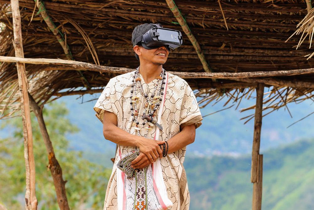 Wagner Roger Fotografia - Primeiro contato VR Shipibos.jpg