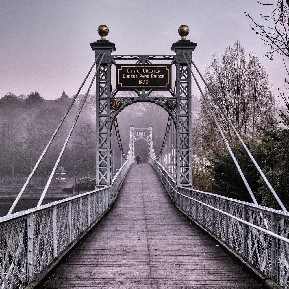 161217 Chester Queen Park Bridge.jpg