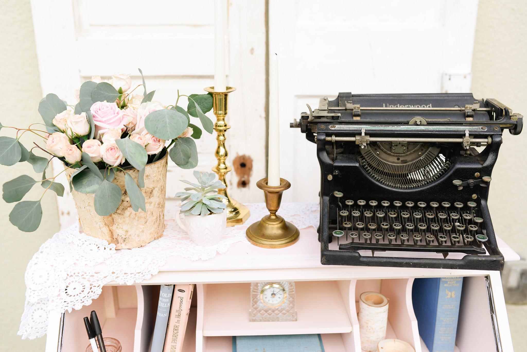 Vintage Pink Desk Wedding Decor