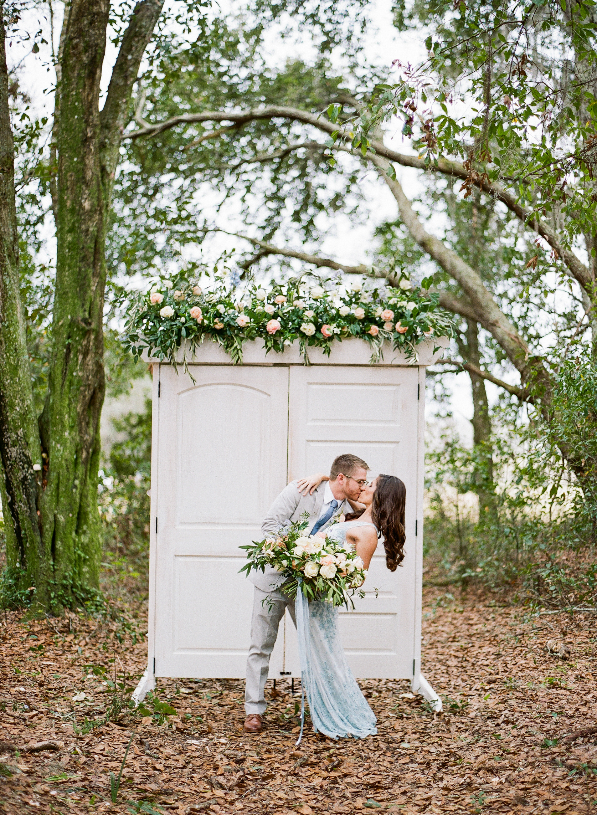 Tampa vintage wedding rentals